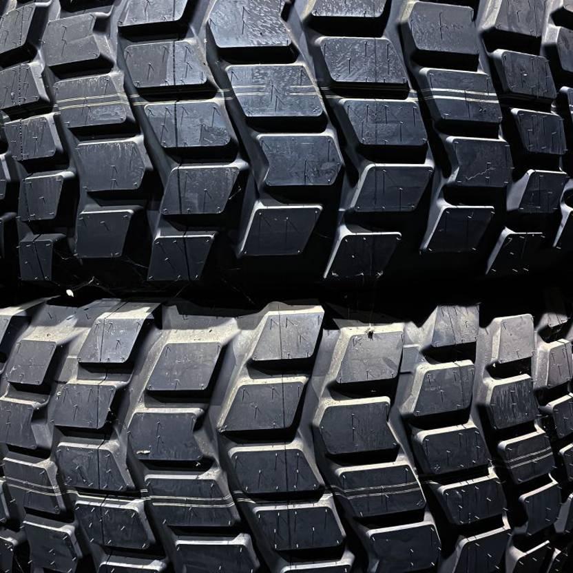 banden vrachtwagen onderdeel Michelin 525/65R20.5 (20.5R20.5) 2017
