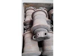 Chassisdeel vrachtwagen onderdeel Doosan Onderrol/ Lower Roller. DX140/160/180