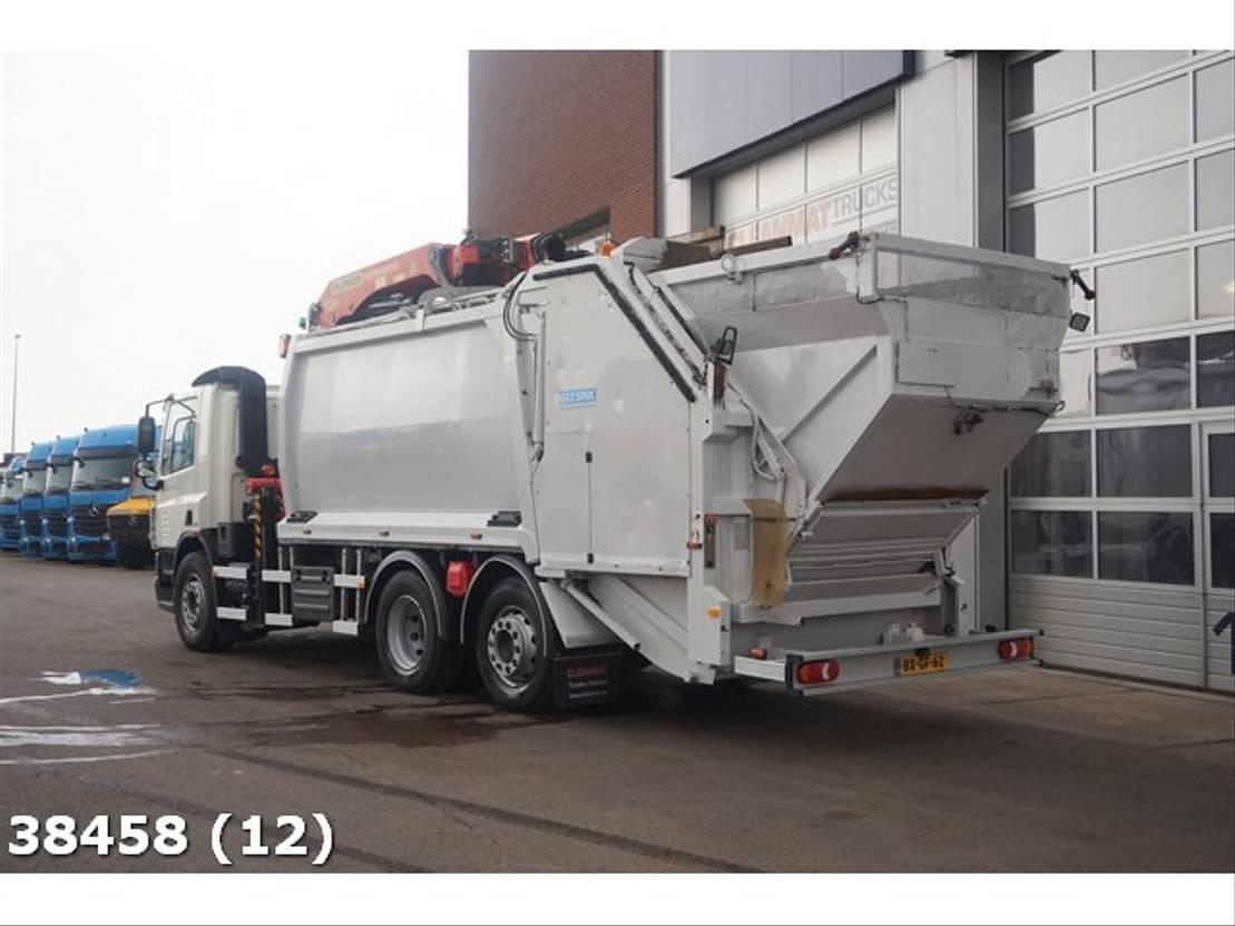 vuilniswagen vrachtwagen DAF FAN 75 CF 250 Euro 5 Palfinger 23 ton/meter laadkraan 2009