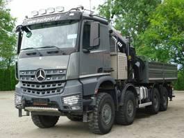 open laadbak vrachtwagen Mercedes Benz AROCS 4145 8x8 E6 Pritsche Mit Kran 22 Ton