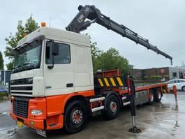 platform vrachtwagen DAF XF 95.480 8X4 MANUAL EURO 3 FULL STEEL + HIAB 800 EP-5 MET REMOTE 2007