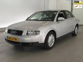 sedan auto Audi A4 1.6 2002