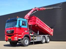 kipper vrachtwagen > 7.5 t MAN TGS 26.440 / EEV 6X6 / HMF 1720 CRANE / 2 SIDE TIPPER 2010