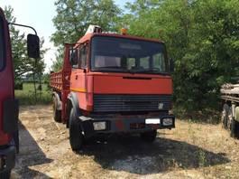 takelwagen-bergingswagen-vrachtwagen Iveco 190 26 1980