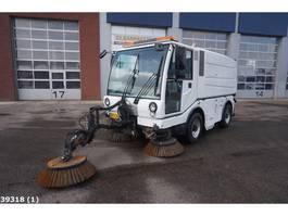 Veegmachine vrachtwagen Bucher CITYCAT 5050 met 3-de borstel 2008