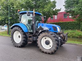 standaard tractor landbouw New Holland TS135A plus 2007