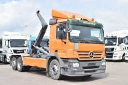 containersysteem vrachtwagen Mercedes Benz Actros 2544L Euro5 Abroller 6x2 Meiller RK 20.65