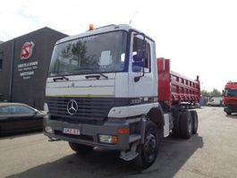 kipper vrachtwagen > 7.5 t Mercedes Benz Actros 3331 6x6 manual 1996