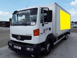 bakwagen vrachtwagen > 7.5 t Nissan 2009