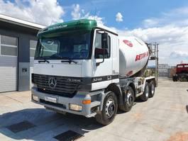 betonmixer vrachtwagen Mercedes Benz ACTROS 3240 8x4 Stetter mixer 2002