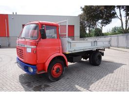 kipper vrachtwagen > 7.5 t Berliet BERLIET KIPPER / LOW KILOMETERS / MANUAL / HYDRAULICS / 1965 1965