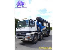betonmixer vrachtwagen Mercedes Benz Actros 3235 1999