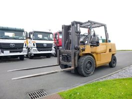 vorkheftruck Caterpillar DP45K 2004