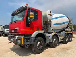 betonmixer vrachtwagen Iveco Iveco EuroTrakker 410E44H 2004
