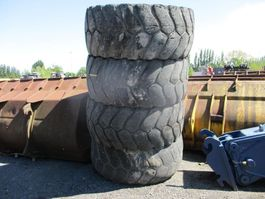 Wiel vrachtwagen onderdeel Michelin 26.5R25
