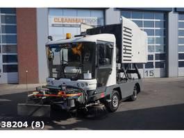 Veegmachine vrachtwagen Ravo 530 CD Euro 5 with 3-rd brush 2011