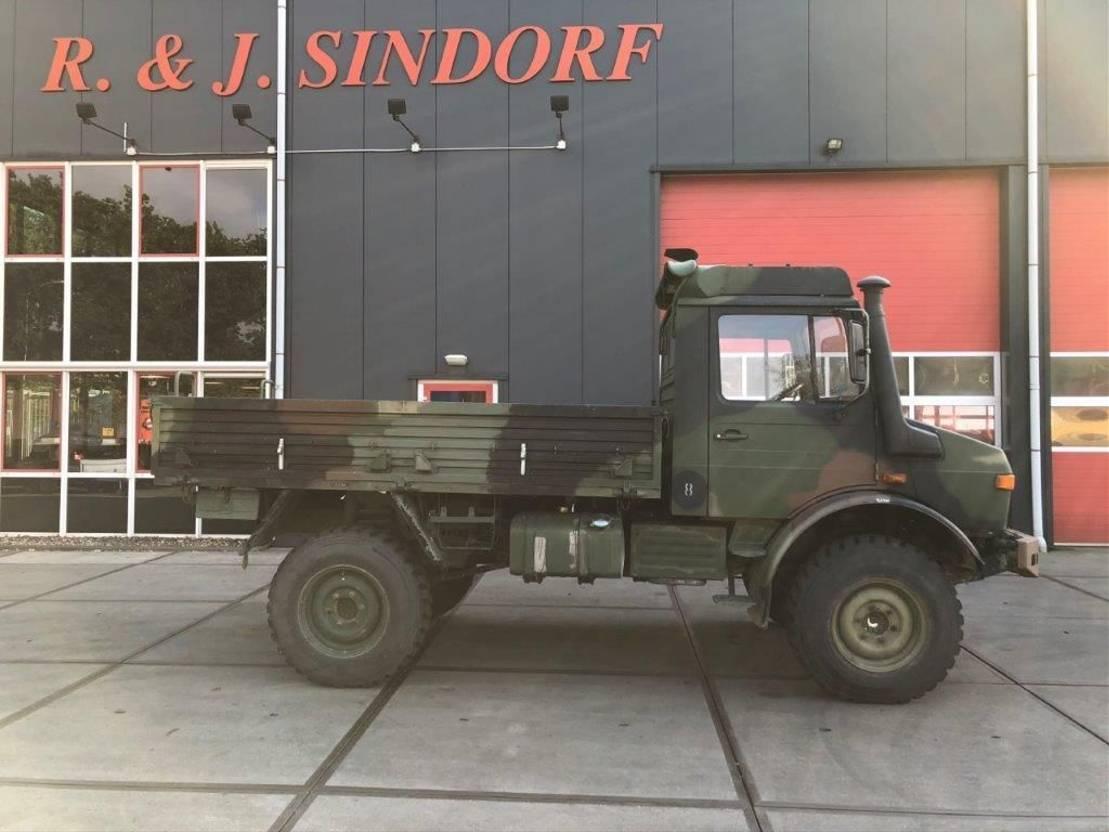 leger vrachtwagen Unimog Unimog U 1300 L 1979
