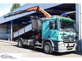 kipper vrachtwagen > 7.5 t Mercedes Benz Actros 1832 Euro 5, Palfinger PK 15002, Truckcenter Apeldoorn 2006