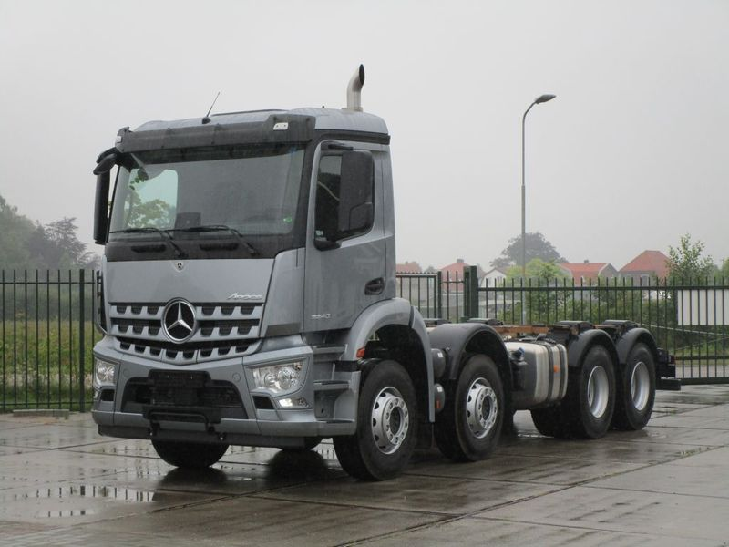 Mercedes Benz - Arocs 3240 8x4 New 1