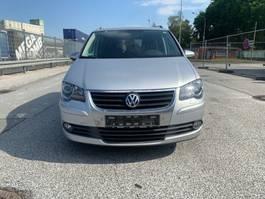 limousine auto Volkswagen Touran Freestyle/Navi/DSG/Klima/Sitzh/AHK