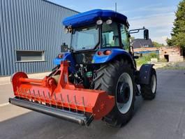 standaard tractor landbouw New Holland New Holland TD 100 met nieuwe klepelaar 2018