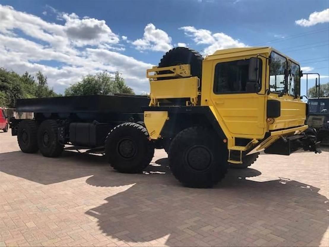 leger vrachtwagen MAN MAN KAT A1 8x8 GLW Truck Winch Variant Ex-Military 1992