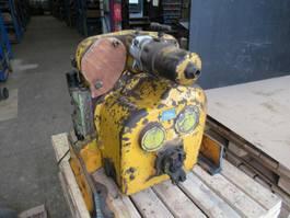 versnellingsbak equipment onderdeel Clark 13.1 HR28213-4  5-83