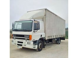 schuifzeil vrachtwagen DAF 75 240 ATI 19 ton ZF manual pump left hand drive. 1997