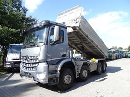 kipper vrachtwagen > 7.5 t Mercedes Benz AROCS 3243K 8X4 2013