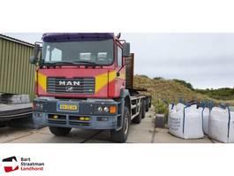 containersysteem vrachtwagen MAN 33.403 6x6 widespread met kippercontainer euro 2 2000