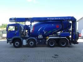 betonmixer vrachtwagen MAN TGA 35.440 8x4 Liebherr 9cbm Förderband 17 M