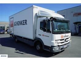 bakwagen vrachtwagen > 7.5 t Mercedes Benz 818 2011