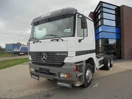 chassis cabine vrachtwagen Mercedes Benz Actros 3357 / 6x4 / Full Steel suspension / EPS Semi / Euro 3 2001