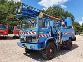 autohoogwerker vrachtwagen Renault 4x4 85.150 1988