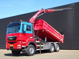kipper vrachtwagen > 7.5 t MAN TGS 26.440 / HMF 1720 CRANE / 2 SIDE TIPPER / EEV 6X6 2010