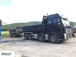 kipper vrachtwagen > 7.5 t Volvo FH540 8x4 w / 2002 Norslep 2 axle trailer with dum 2011