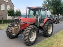 standaard tractor landbouw Massey Ferguson 4x4 3120 1995