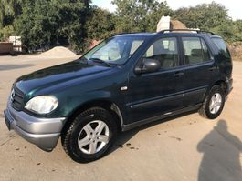terreinwagen Mercedes Benz ML320 **AC-ESSENCE-PETROL** ML 1998