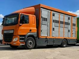 paardenvrachtwagen DAF CF 410 Menke Doppelstock , Hubdach
