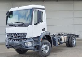 chassis cabine vrachtwagen Mercedes Benz Arocs 1835 K 4x2 Arocs 1835 K 4x2, 2x Nebenantrieb