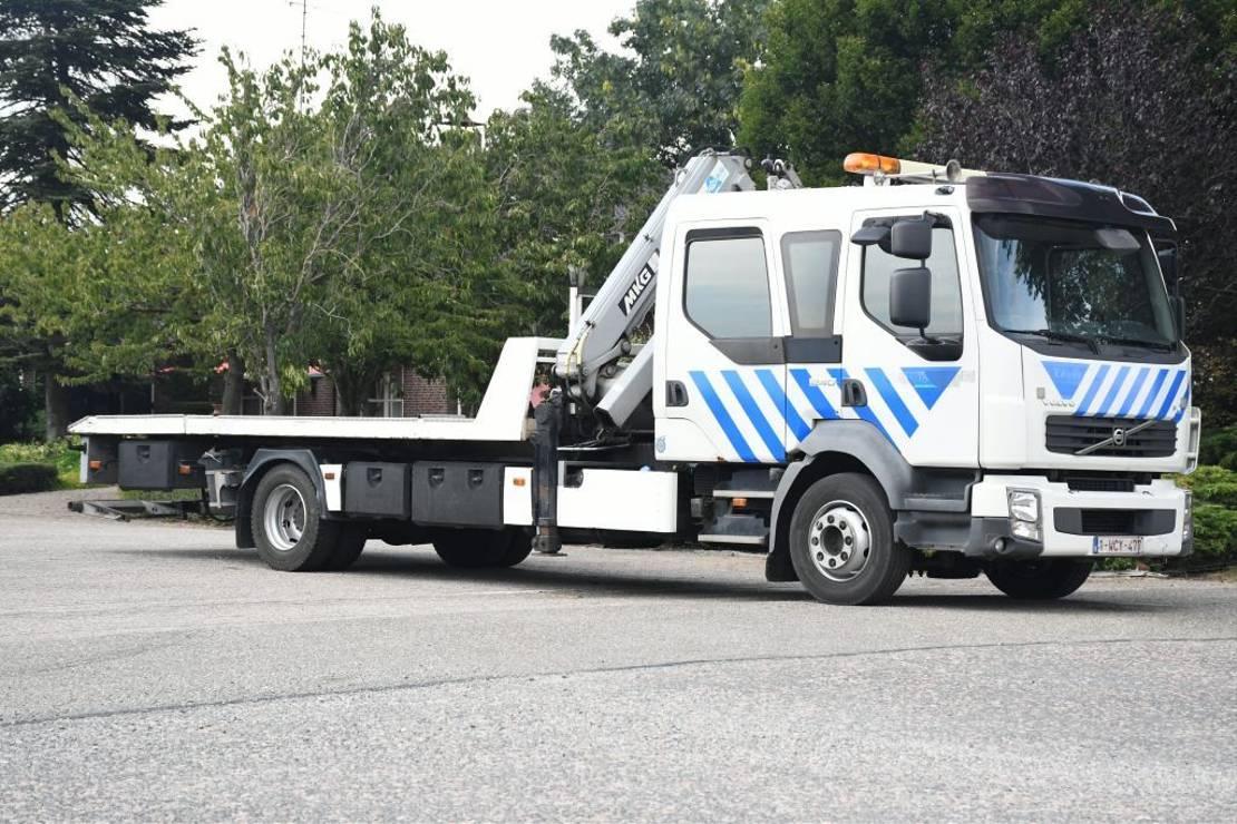 takelwagen-bergingswagen-vrachtwagen Volvo FL240 ABSCHLEPP/KRAN/HUBBRILLE/SEILWINDE/WINCH 2007