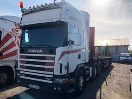 standaard trekker Scania 144 - 460 6x2 pusher 2000
