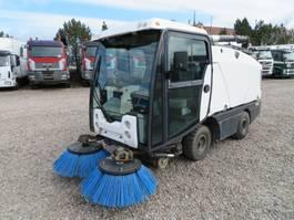 Veegmachine vrachtwagen Hako Johnston CN200 Kehrmaschine 2014