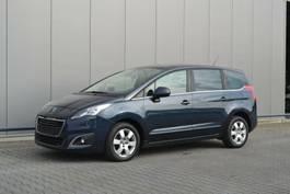 mpv auto Peugeot 5008 Business-Line Klima Navi PDC 2014