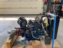 motordeel equipment onderdeel Kubota DF 750 24 PK 3 cilinder gas motor met keerkoppeling