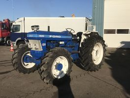 standaard tractor landbouw Ford 7610 4x4 TRACTOR 1980