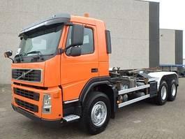 containersysteem vrachtwagen Volvo FM 26.420 + Chain system + Airco 2002