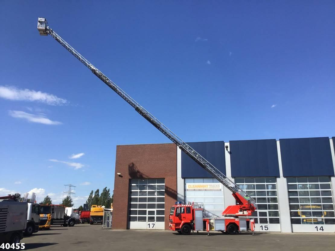 autohoogwerker vrachtwagen MAN 15.264 Metz 30 meter ladderwagen 2002