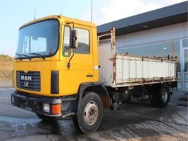 kipper vrachtwagen > 7.5 t MAN MAN 18.232 1 SIDE TIPPER 4X2 MANUAL 1995