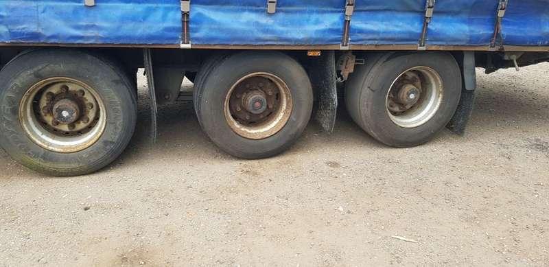 Van Hool - 3 axel mega  Drum brakes 9